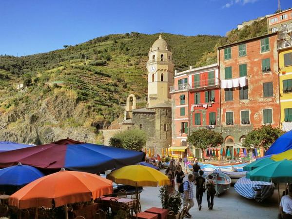 Vernazza-Italy1