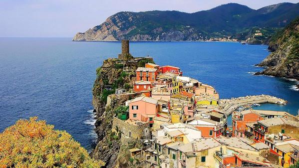 Vernazza-Italy2