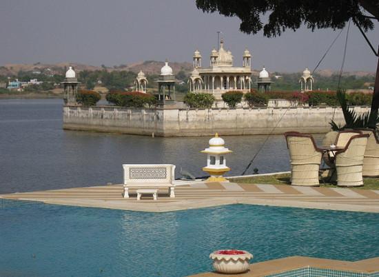 Dungarpur-Hotels