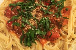 Linguine-Spring-Tomato-Sauce