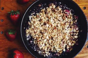 Mixed-Fruit-Crumble
