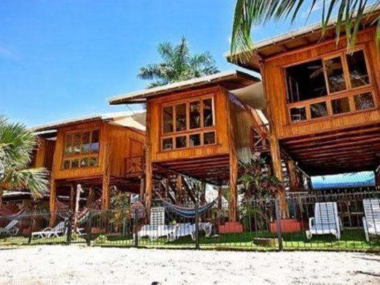Treehouse-Inn