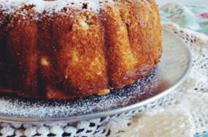 Apple Sugar Bundt