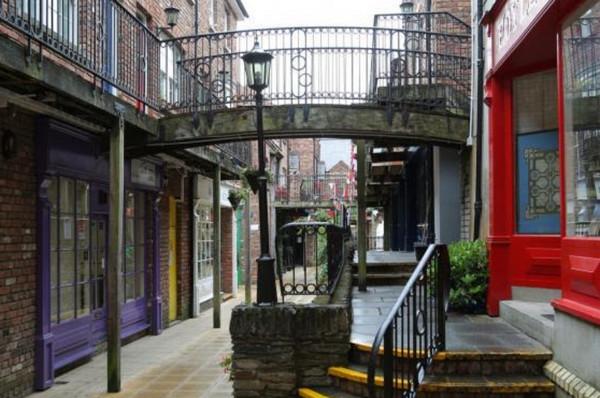 Derry, Ireland craft village