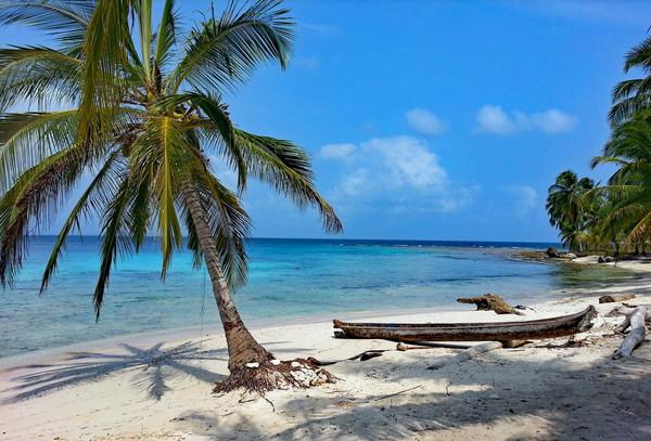 beach of San Blas Islands